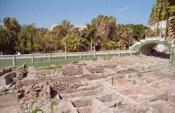 28. 2. 2002. Spanien. Andalusien. Almunecar. Ruinen