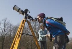 Beobachtung einer Sonnenfinsternis