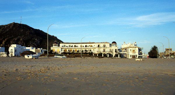 November 2000. Spanien. Andalusien. Zahara de los Atunes an der Atlantikkueste.